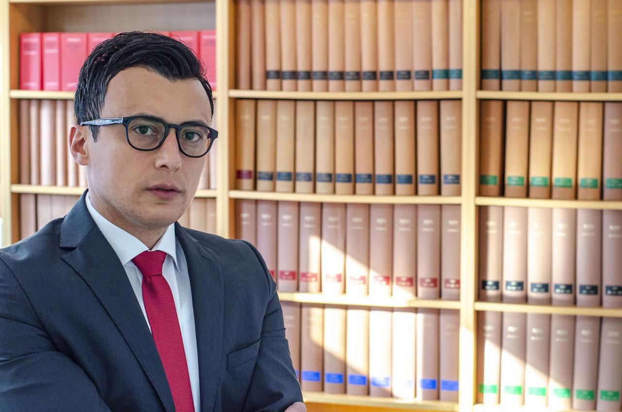 Rechtsanwalt Ferdi Özbay